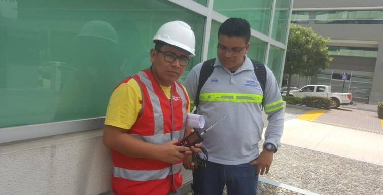 Instalación de Medidores Inteligentes en Guayaquil, Ecuador.
