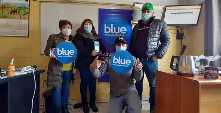 Entrega de «Punto Blue» y Plataforma «Software Gestión APR» a Comité Santa Matilde de Til Til